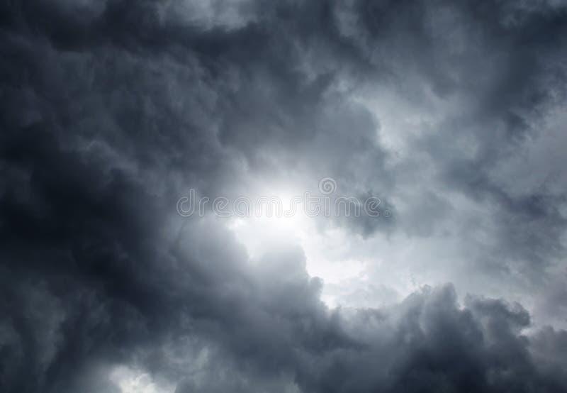 Download Fond de Cloudscape image stock. Image du personne, grand - 56484027