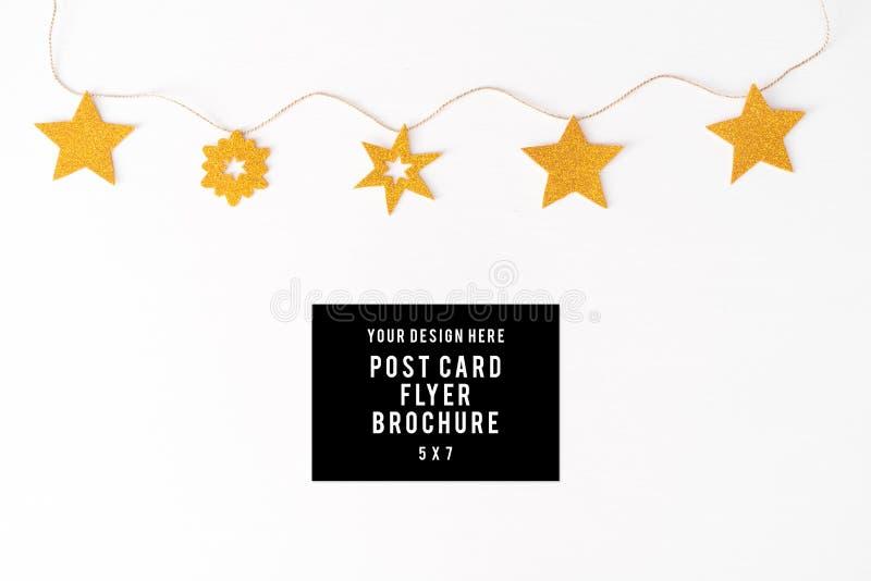 Fond de composition en Noël d'insecte de carte postale de journal intime papier peint, décorations, sur le fond blanc Configurati image stock