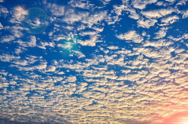 Fond de coucher du soleil de clound de ciel image libre de droits
