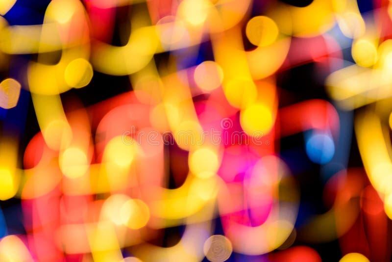 Fond de fête abstrait avec les lumières defocused de bokeh réaliste de photo L'atmosphère de Noël brillant dans l'espace images stock