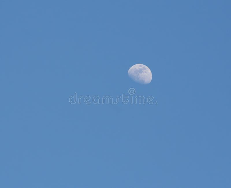 Fond De Lune De Ciel Bleu Image Stock