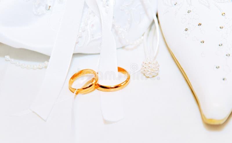 Fond De Mariage Avec Des Anneaux Photographie Gratuite