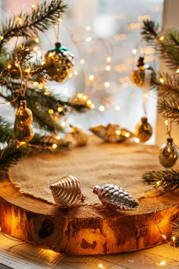 Fond de Noël avec des lumières images libres de droits