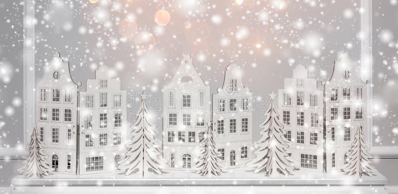 Fond de Noël des décorations de papier Noël et nouveau fond heureux de YeChristmas des décorations de papier Noël et bonne année photo stock