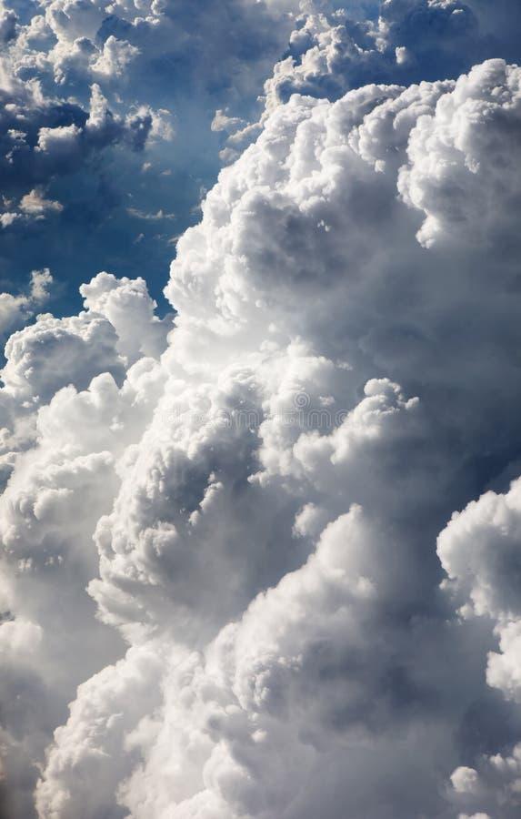 Fond de nuage images libres de droits