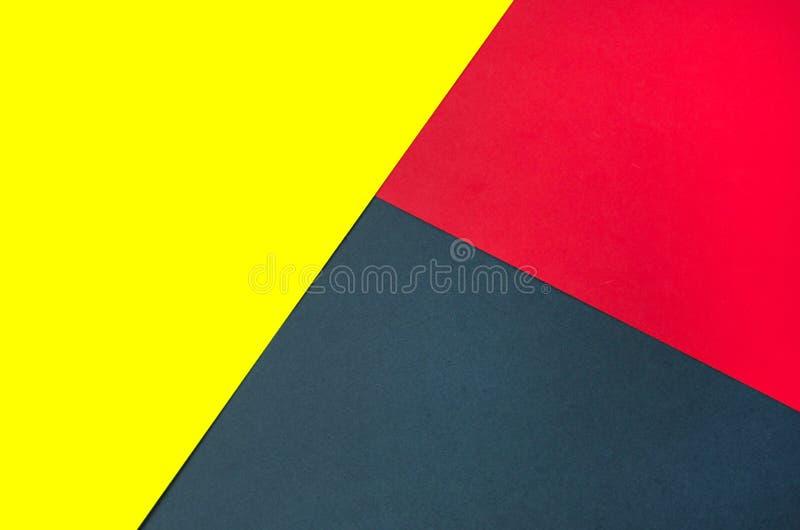 Fond de papier lumineux de plusieurs couleurs image stock