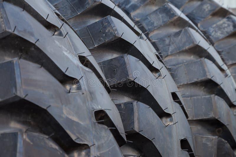 Fond de pile de pneu de camion image libre de droits