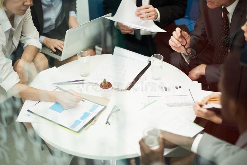 Fond de réunion d'affaires images stock