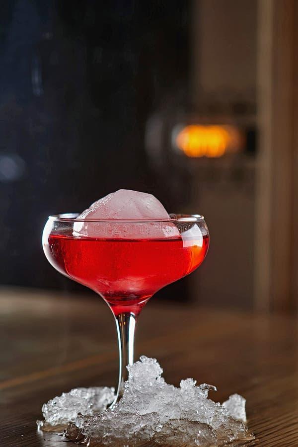 Fond de tache floue de cocktail d'alcool photographie stock