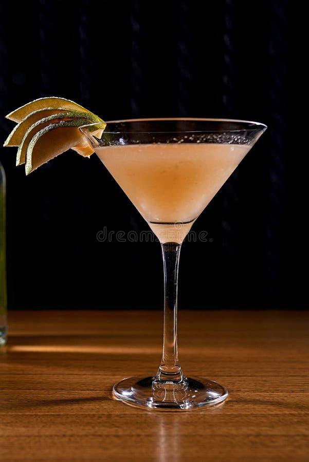 Fond de tache floue de cocktail d'alcool image stock