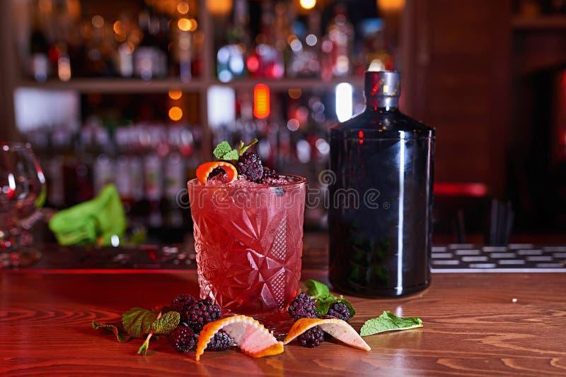 Fond de tache floue de cocktail d'alcool photo stock