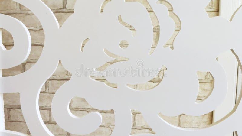 Fond de texture Plan rapproch? vue du mur de briques blanc par les modèles de la séparation décorée de pièce images libres de droits
