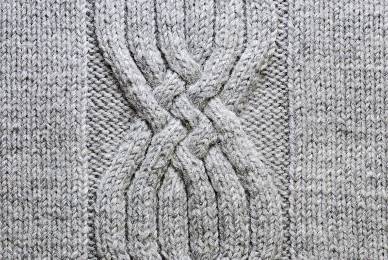 Fond de tricotage gris images stock