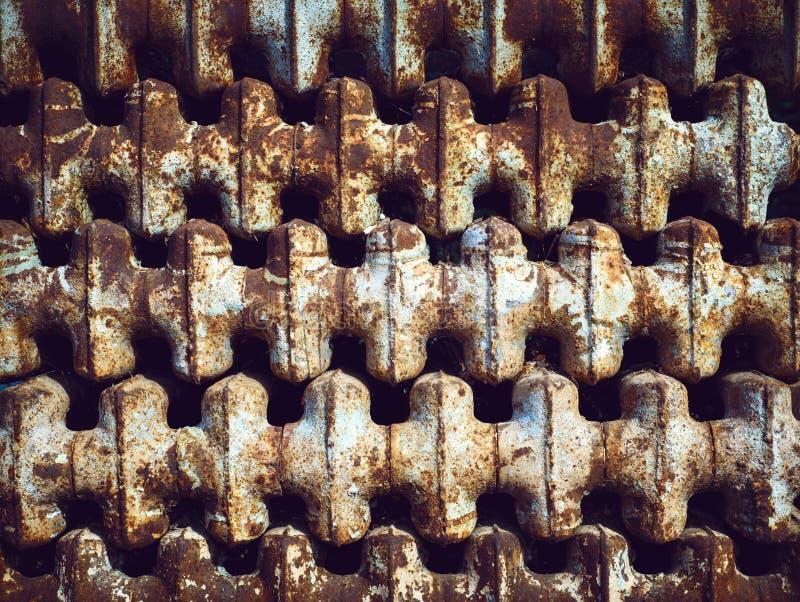 Fond de vieilles batteries soviétiques rouillées images libres de droits