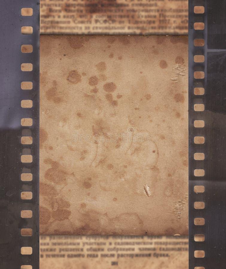 Fond de vintage avec le rétro papier, le journal et le vieux stri de film illustration libre de droits
