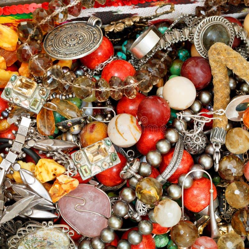 Fond des bijoux antiques images stock