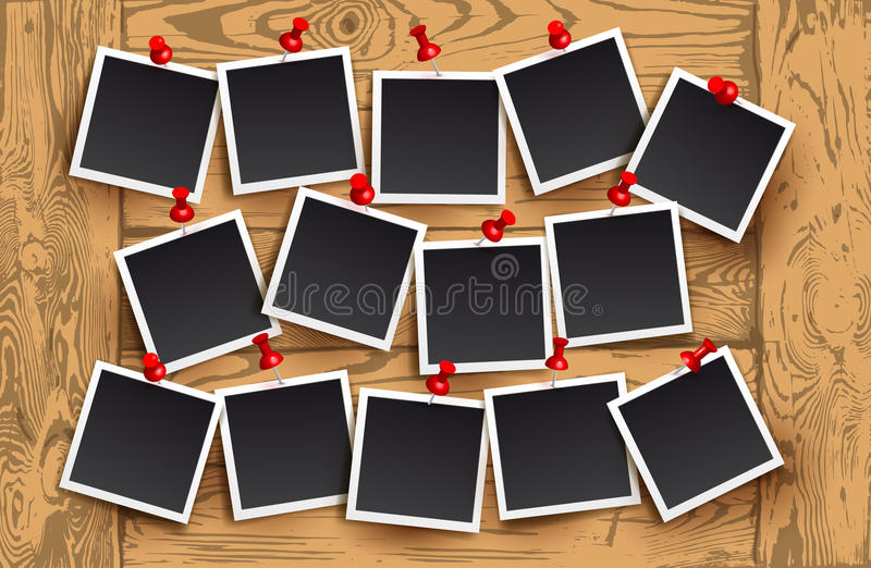 Fond des cadres réalistes de photo avec les goupilles rouges sur la texture en bois Rétro conception de photo de calibre Illustra illustration de vecteur