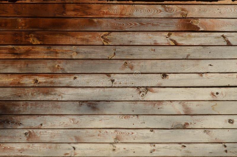 Fond des conseils en bois avec les noeuds et la vieille peinture blanche image stock