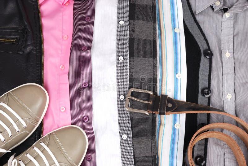 Fond des vêtements et d'une chaussure photos libres de droits