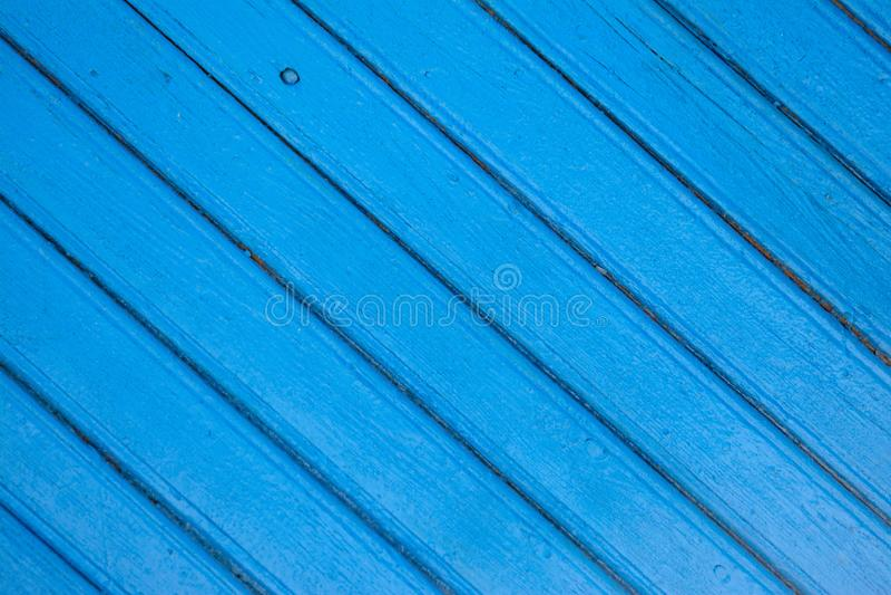Fond en bois bleu saturé de parquet avec des fissures photo libre de droits