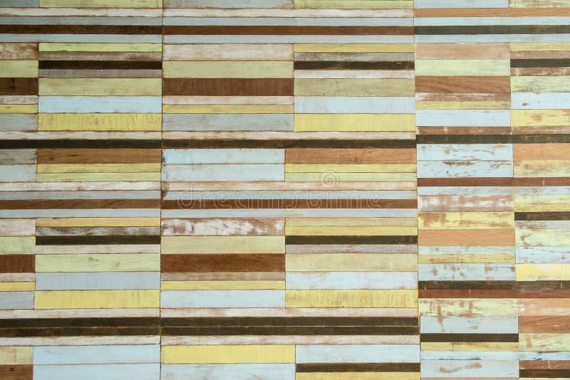 Fond en bois de vintage multicolore image libre de droits