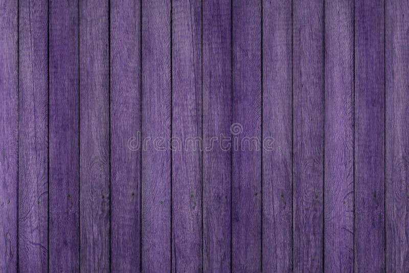 Fond en bois grunge pourpre de texture de modèle, planches en bois images stock