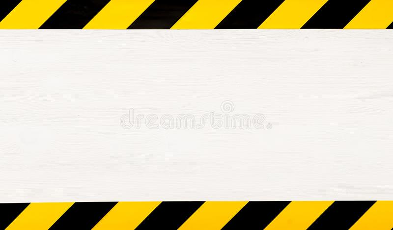 Fond en construction de concept Dispositif avertisseur illustration stock