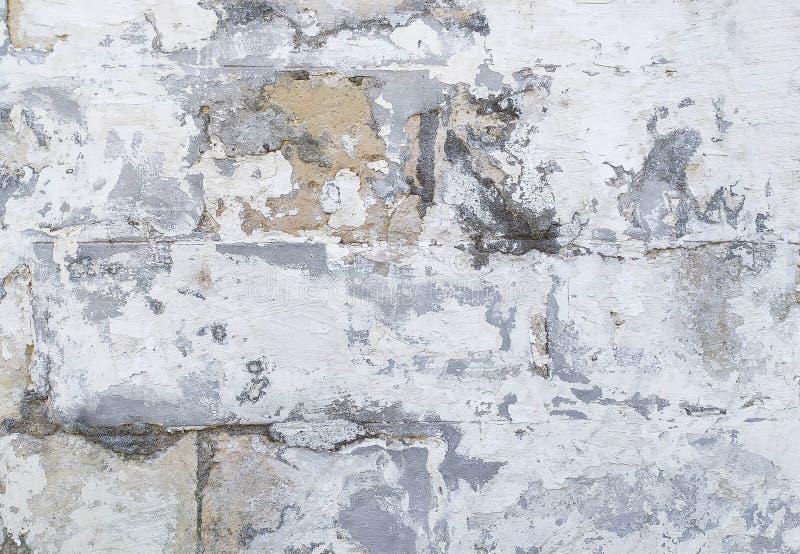 Fond endommagé sale de mur de briques image stock