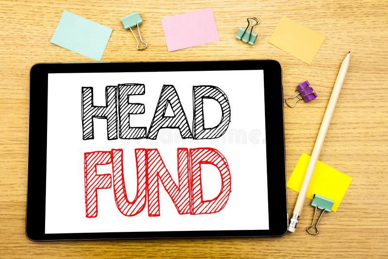 Fond för huvud för handstiltextvisning Affärsidé för investeringfinansieringpengar som är skriftliga på minnestavlabärbara datorn royaltyfria bilder
