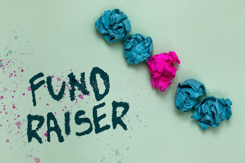 Fond för ordhandstiltext - raiser Affärsidéen för personen vars jobb eller uppgift är sökandeekonomisk hjälp för välgörenhet Alig royaltyfria bilder