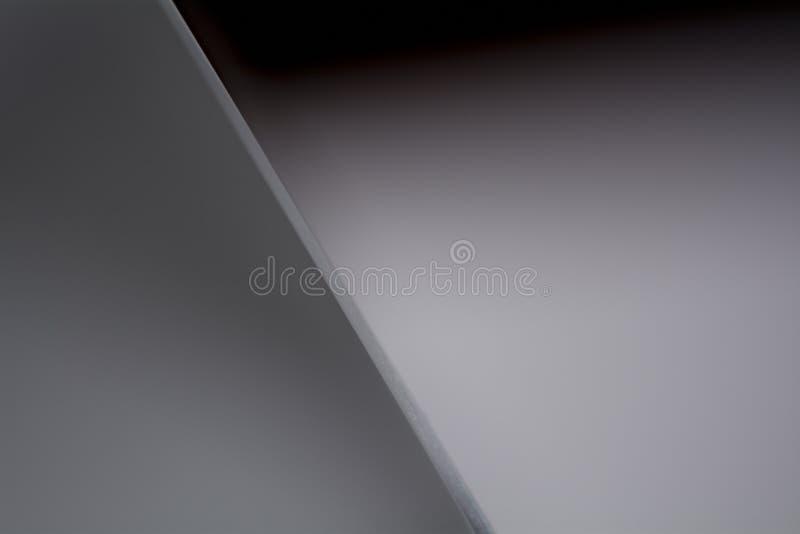 Fond gris avec une ligne en pente photo stock