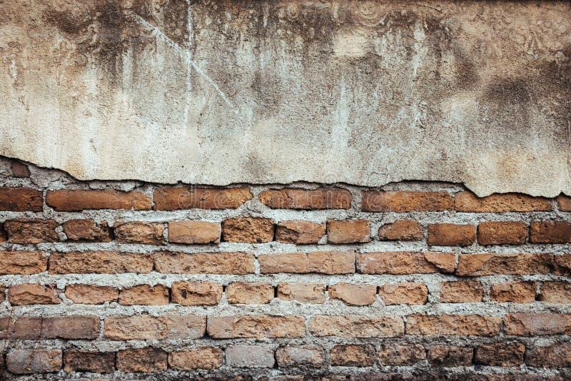 Fond grunge de mur de brique photos stock