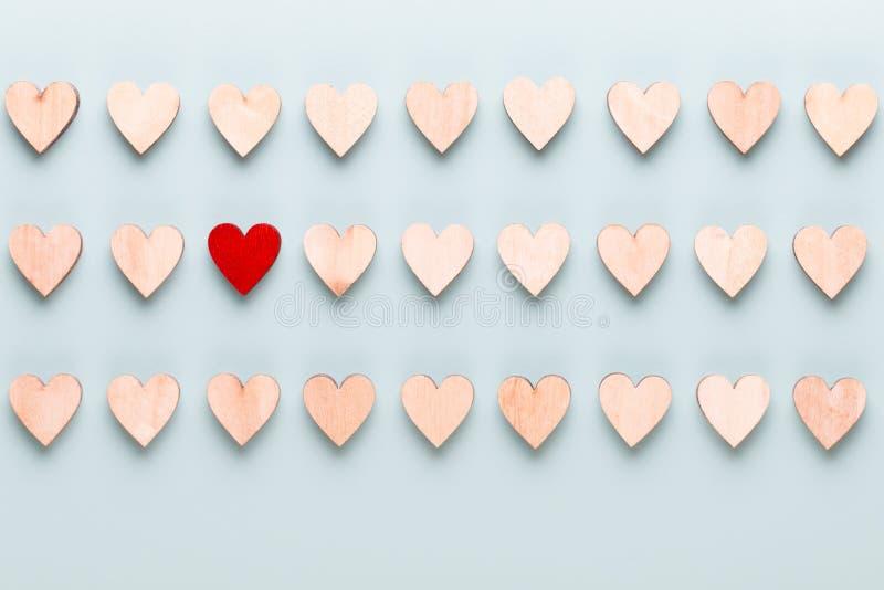 Fond heureux de jour de Valentines Avec de petits coeurs sur le fond en pastel image stock