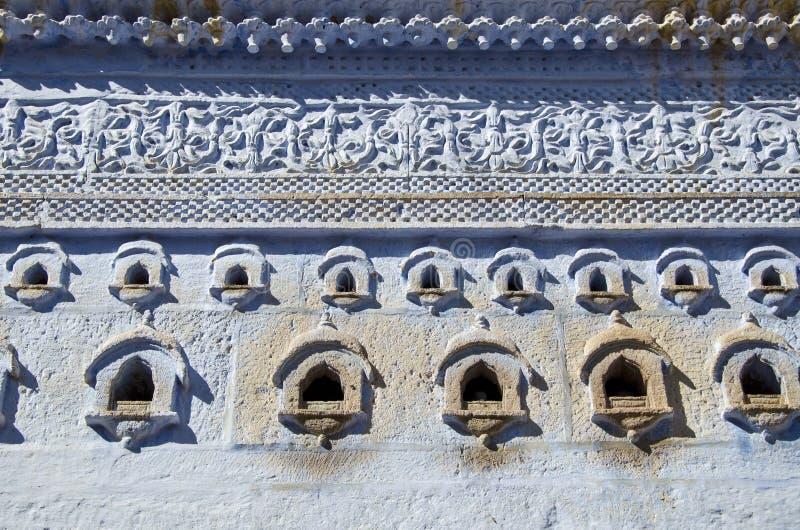 Fond initial et ornemental de mur à Jodhpur, Inde photos stock