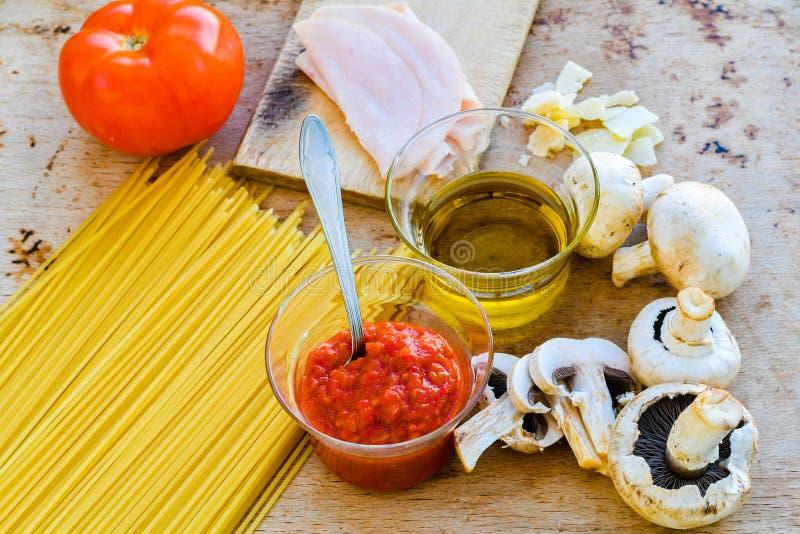 Fond italien de nourriture images stock