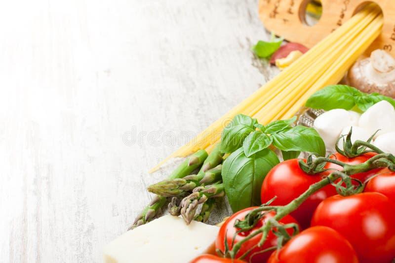 Fond italien de nourriture photographie stock libre de droits