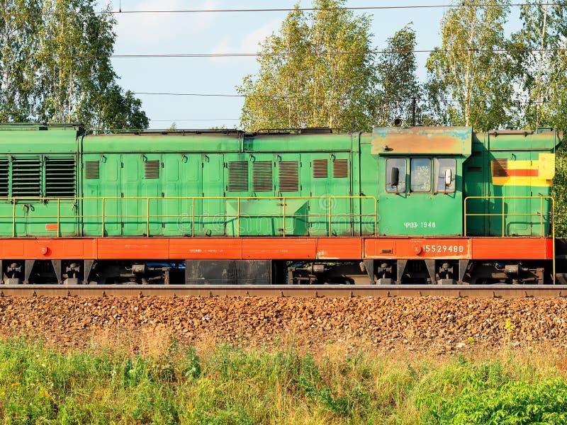 Fond locomotif diesel de transport de train russe photo libre de droits
