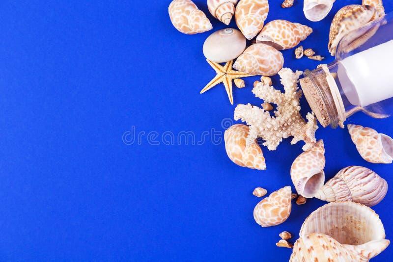 Download Fond marin image stock. Image du réception, récréationnel - 77156533
