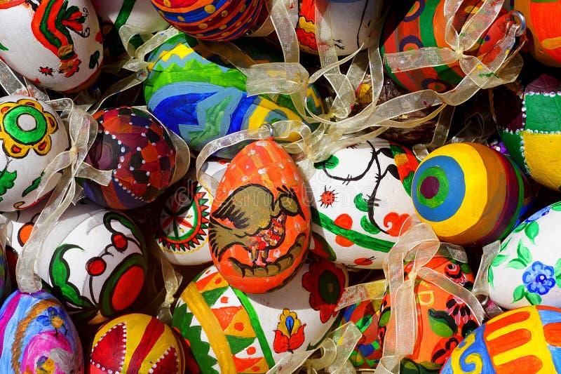 Fond multicolore des oeufs de pâques photo libre de droits