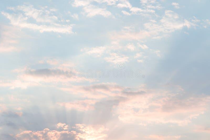 Fond naturel en ciel images libres de droits
