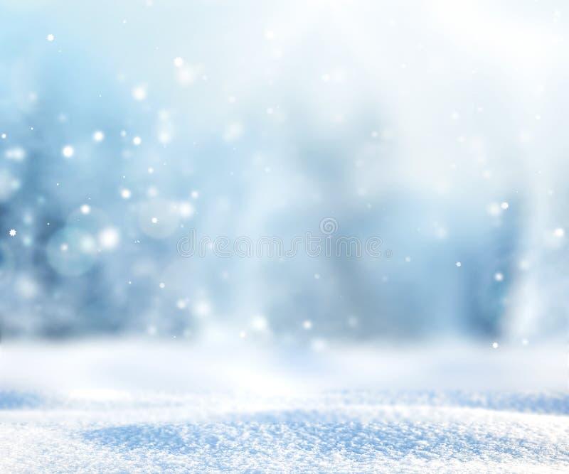 Fond neigeux brouillé de nature d'hiver illustration libre de droits