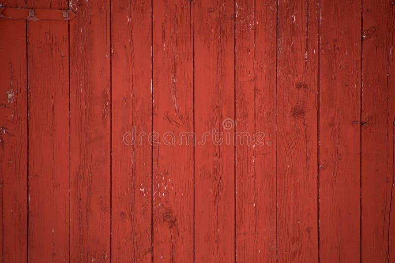 Fond rouge vertical de panneaux et de planches de grange image libre de droits