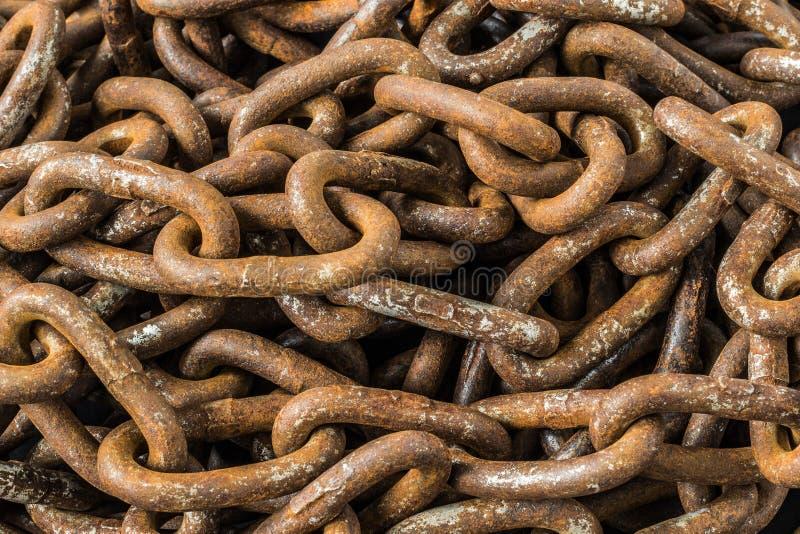 Fond rouillé de chaînes photo stock