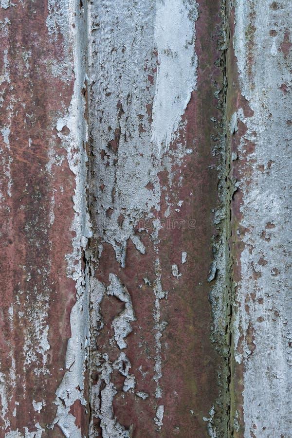 Fond rouillé en métal avec de vieilles couches de peinture argentée Texture image libre de droits