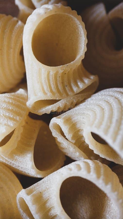 Fond sec italien de nourriture de tuyau-rigate de plan rapproch? de p?tes photo stock
