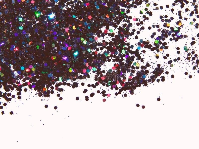 Fond texturisé avec le scintillement olographe noir sur les paillettes blanches et décoratives photo stock