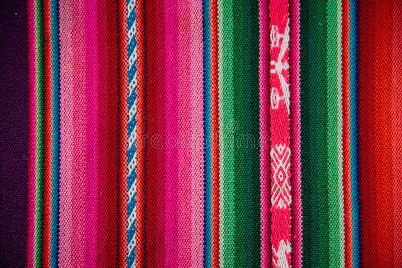 Fond traditionnel Textu coloré de tissu de Boliva de laine de Wooven photographie stock libre de droits