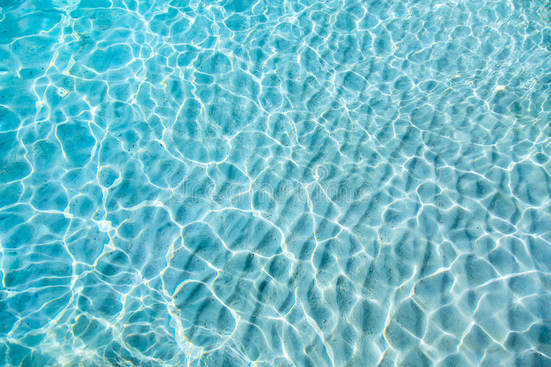 Fond transparent clair bleu de l'eau photo libre de droits