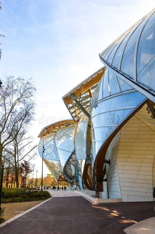 Fondation louis vuitton stock afbeelding