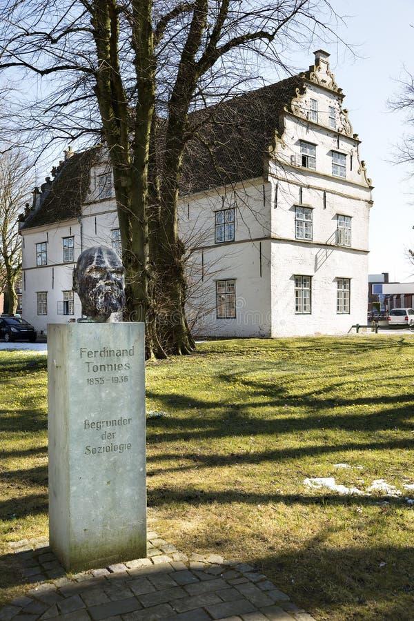 Fondatore della statua di sociologia in Husum, Germania immagine stock libera da diritti
